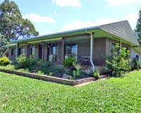 Eacham Escapes - Yungaburra holiday accommodation